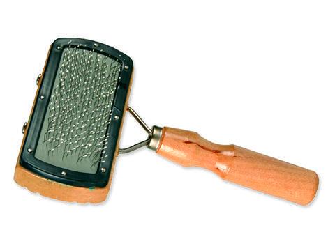 Kartáč TRIXIE s dřevěnou rukojetí 1ks